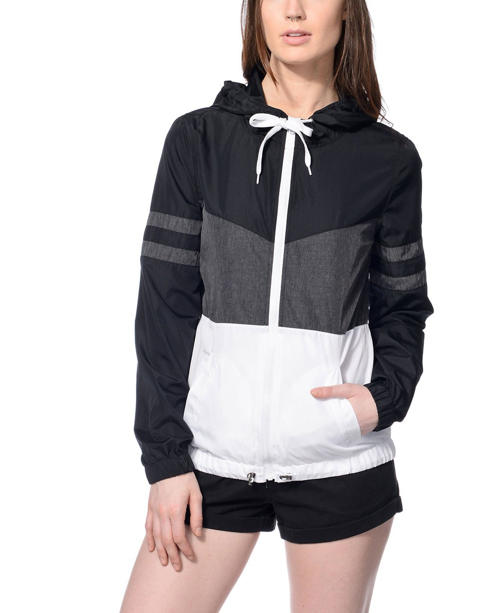Women Pullover Black Grey & White Color Block Windbreaker Jacket