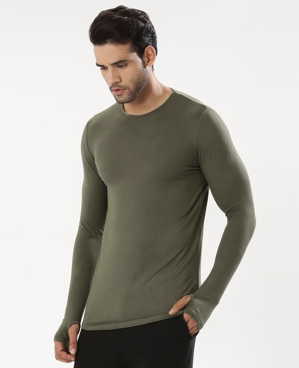 cf2fd91a0 Men Skinny Fit Curved Hem T Shirt With Thumbhole